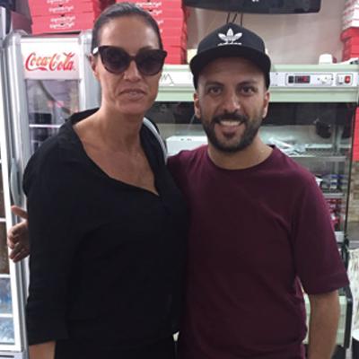 Annalisa Minetti alla Pizzeria verace Napoletana Gigino&Figli