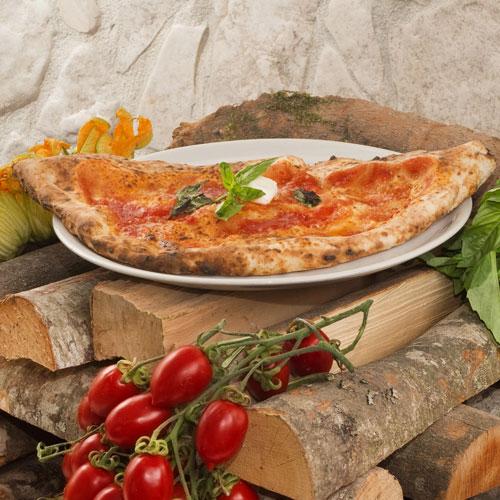 La Pizza ripieno al forno della pizzeria napoletana da Gigino&Figli