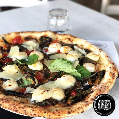 Primizia Pizza con peperoncini verdi