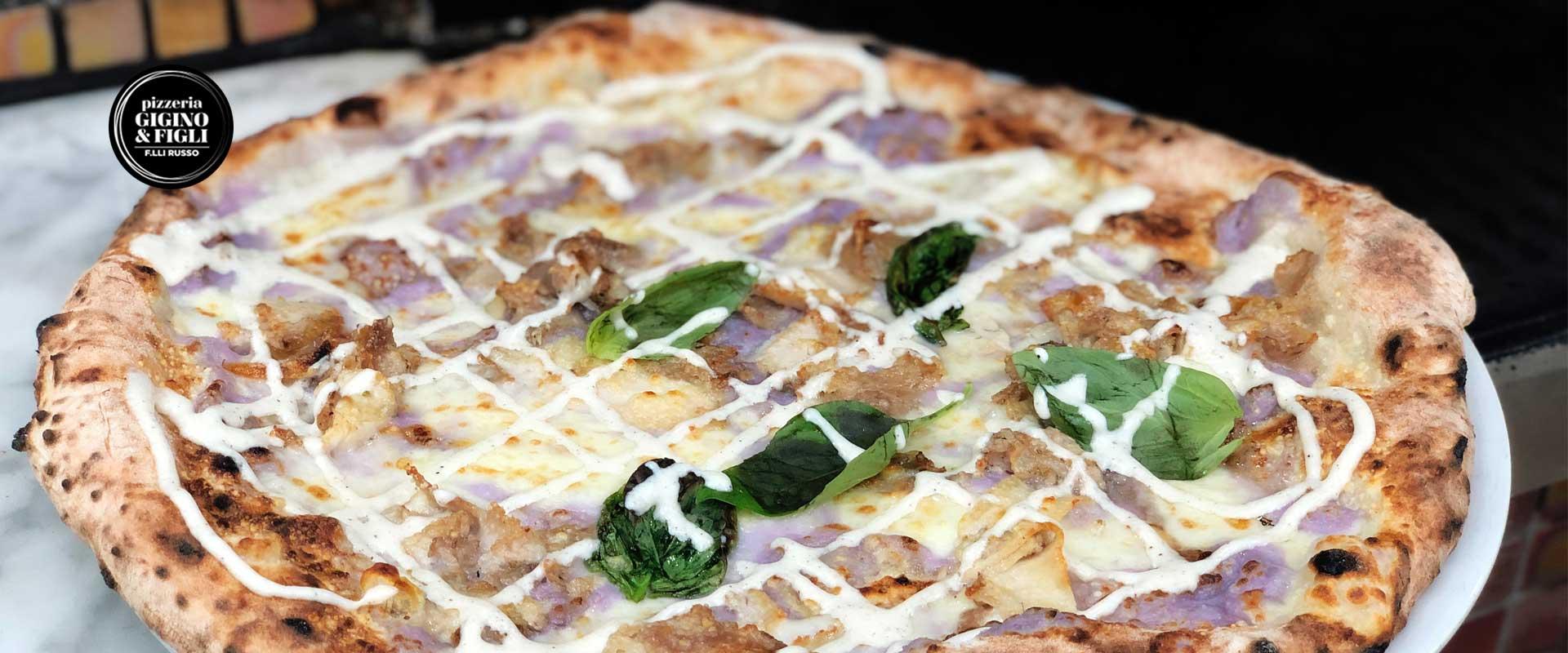 Pizza con mousse di patata viola della pizzeria Gigino&Figli